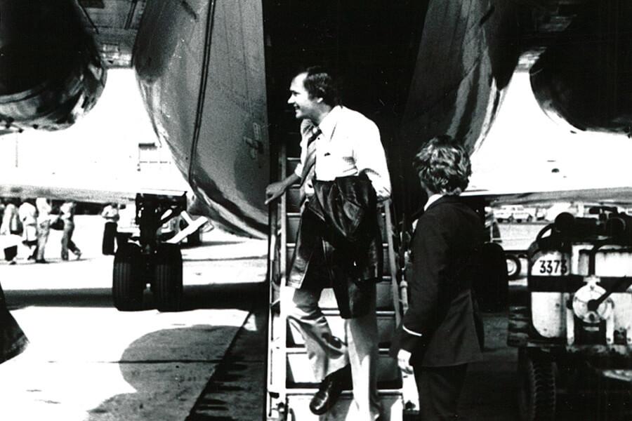 Volker Thiel 1975 bei der Rückkehr von der IFA in Berlin